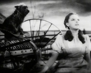 749px-Judy_Garland_Over_the_Rainbow_2