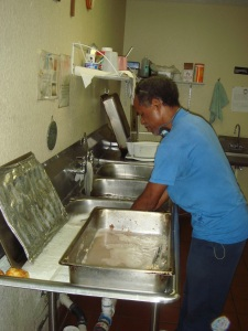 Our_Father's_house_soup_kitchen_dishes