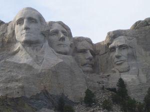 800px-Mt_Rushmore